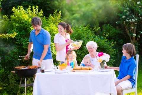 3 Essentials for a Perfect Family Barbecue Picture