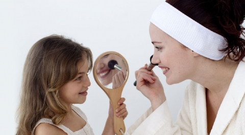Beauty Secrets We Learned from Our Moms Picture